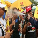Temer é recebido com protestos em sua primeira visita ao RS