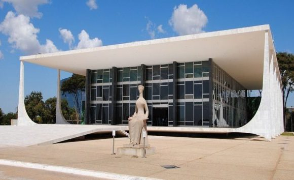Maioria do STF vota contra doação oculta para campanha eleitoral