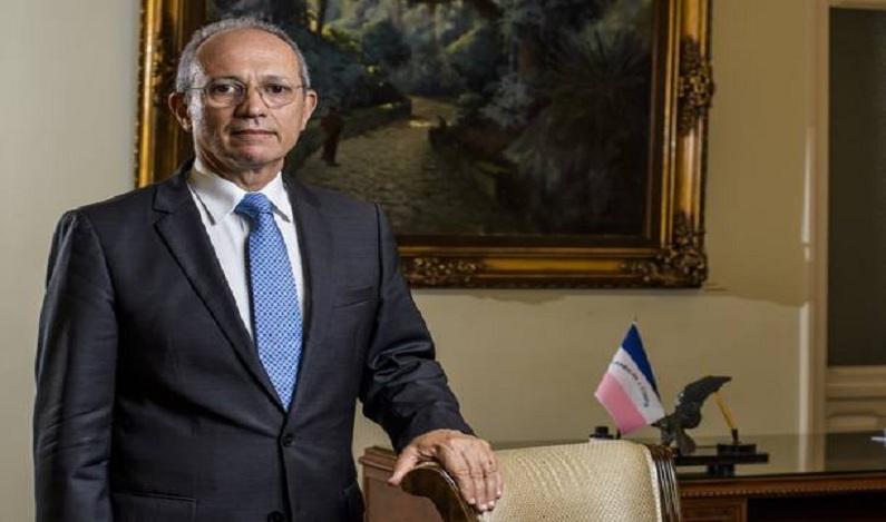 Governador do ES, Paulo Hartung inicia conversa para deixar PMDB