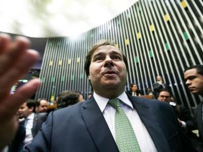 Rodrigo Maia é reeleito em primeiro turno presidente da Câmara dos Deputados