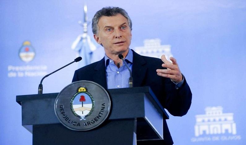 Em visita ao Brasil, presidente da Argentina deve vir ao Congresso nesta terça