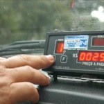 Taxistas devem instalar taxímetros nos carros até março, em Ji-Paraná