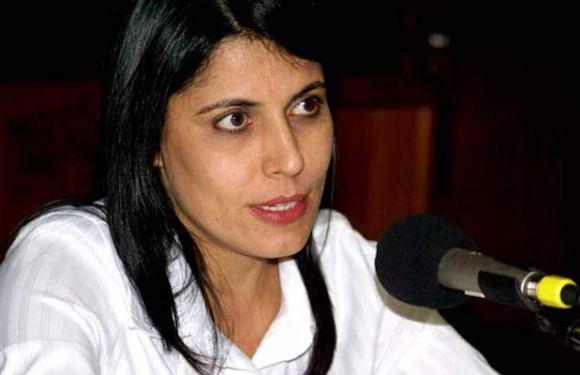 Prefeita de Cacoal deve aumentar salário de SAAE, dirigido por Jaqueline Cassol