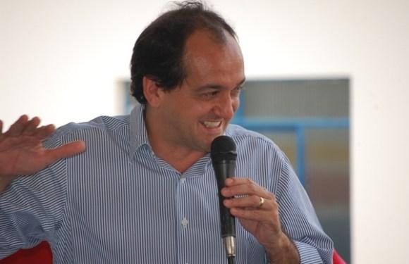 Laerte Gomes vai disputar com Mariana presidência do PSDB; e deve vencer