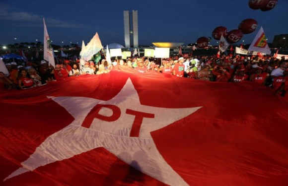 PT apresenta 3 emendas à reforma da Previdência