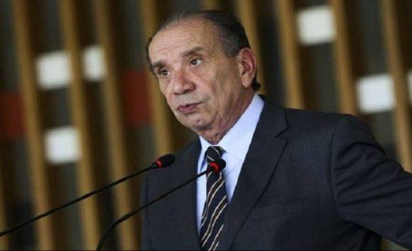 Gilmar e Toffoli votam por arquivar inquérito de Aloysio Nunes, mas julgamento é suspenso