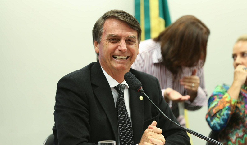 Bolsonaro se diz surpreso com resultado de pesquisa sobre as eleições 2018