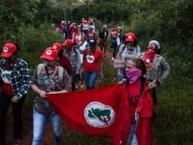 MST invade fazenda de Eike Batista em Minas Gerais