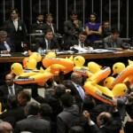 Veja como cada deputado votou o projeto da terceirização