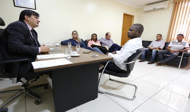 Cleiton Roque aloca recursos para São Felipe do Oeste