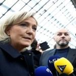 Parlamento Europeu tira imunidade diplomática de Le Pen por fotos do EI