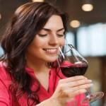 Saiba por que você não precisa cortar o álcool da dieta