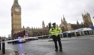Tiroteio nos arredores do Parlamento britânico deixa feridos