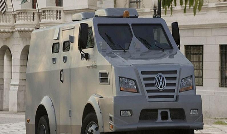Três ex-PMs e mais 6 são presos por plano de roubar R$ 26 milhões de carro-forte