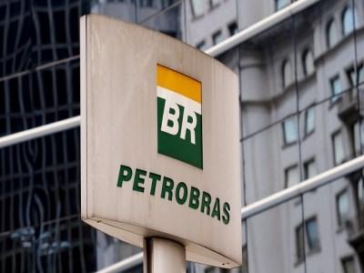 Operação busca prender 11 suspeitos de furtar óleo de dutos da Petrobras no Rio