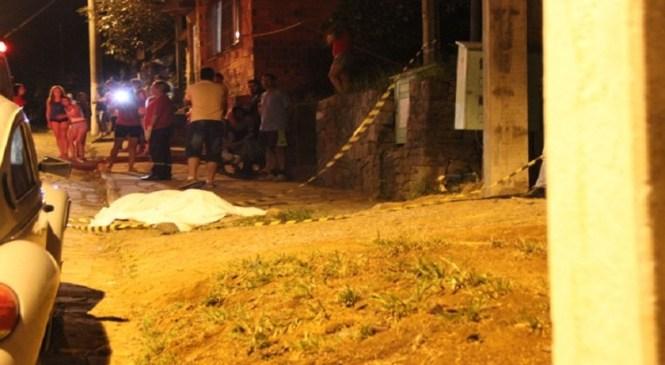 Jornalista diz ter sido agredido por grupo ao cobrir assassinato no RS