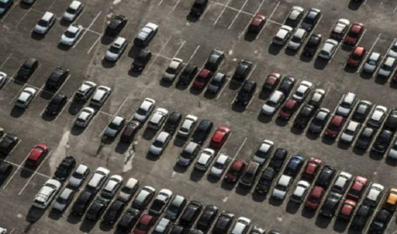 Projeto quer proibir veículos movidos a gasolina ou diesel até 2040