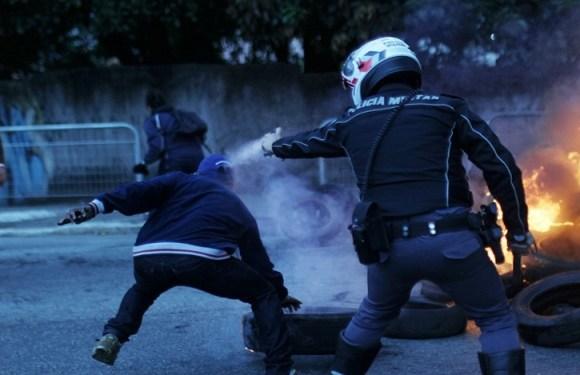 Trinta e seis pessoas são detidas em atos contra reformas em São Paulo