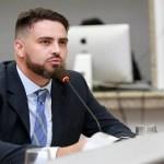 Léo Moraes propõe audiência pública para debate Passe Livre Estudantil