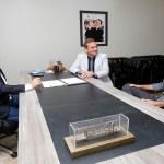 Prefeito de Rolim de Moura pede apoio para acelerar obras de tapa-buracos