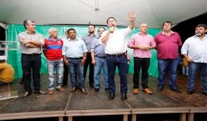 Maurão de Carvalho prestigia ordem de serviço para asfalto na zona Sul de Porto Velho