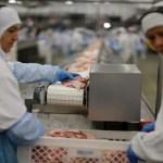 JBS retomará operações em seis unidades de abate de bovinos