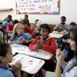 Crianças terão que ser alfabetizadas mais cedo, segundo nova base curricular