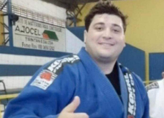 Lutador de Jiu-Jitsu que matou engenheiro à cadeiradas vai à júri em MS