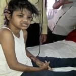 """Homem afirma que é pai da """"menina Mogli"""" achada em floresta na Índia e pede filha e volta"""