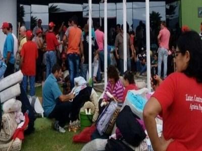 MST ocupa sede do Incra por tempo indeterminado em SC