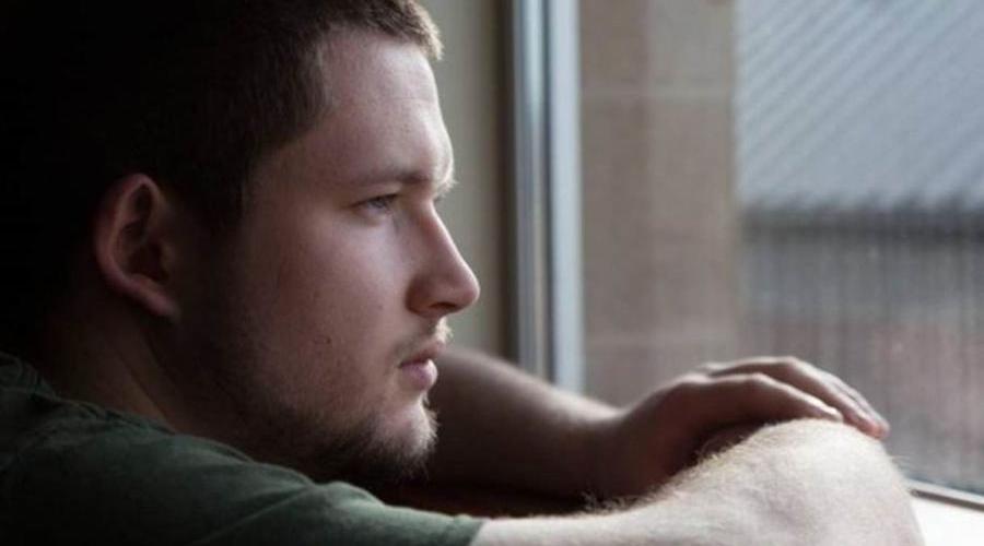 'Atirei na cabeça dos meus pais aos 14 anos e não sei por que fiz isso'