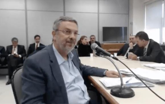 Palocci fecha acordo de delação premiada, diz jornal