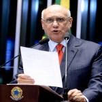 Senador Lasier Martins usa tribuna para comentar acusação de violência doméstica