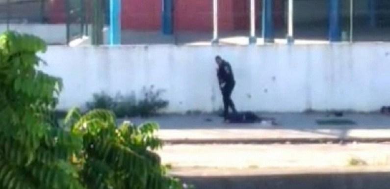 Ministério Público dá parecer pela liberdade de PMs flagrados executando traficantes em Acari