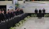 Cerimônia de um ano de governo Temer começa com vídeo crítico à era Lula
