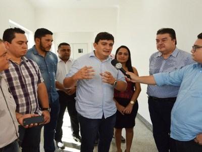 Cleiton Roque acompanha secretário estadual de Saúde em Pimenta Bueno