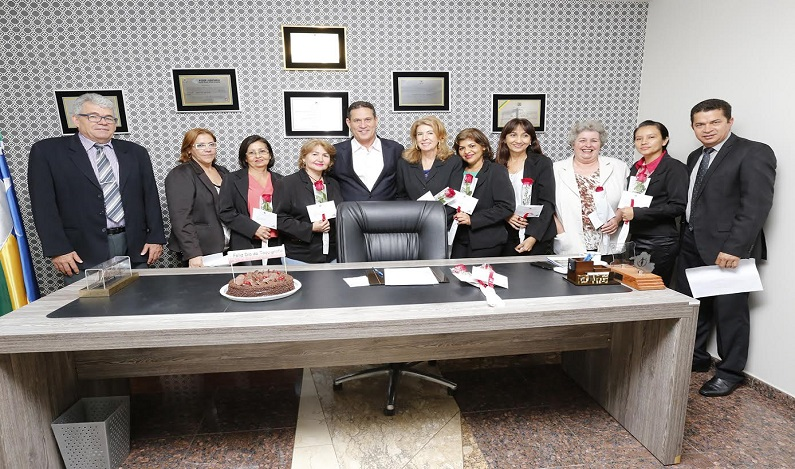 Maurão de Carvalho homenageia taquígrafas da Assembleia