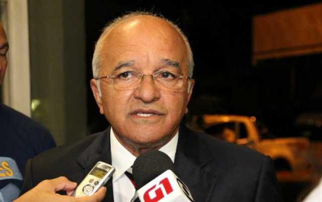 José Melo concedeu entrevista ao G1 antes de debate na TV Amazonas (Foto: Katiúscia Monteiro/ Rede Amazônica)