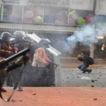 Violência em protestos eleva número de mortos para 37 na Venezuela