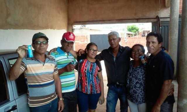 Família se encontrou após 30 anos (Foto: Divulgação)