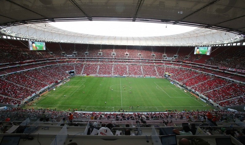 Justiça condena construtoras a pagar R$ 10 milhões por reparos no Mané Garrincha