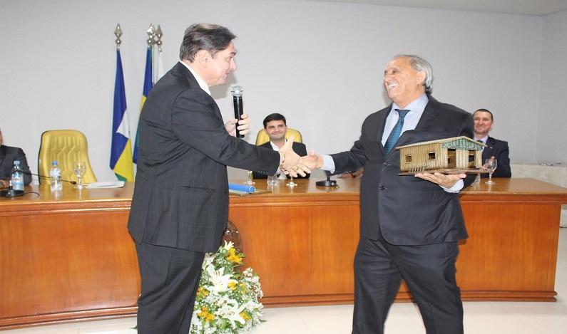 Fecomércio-RO homenageia empresário João Gonçalves, em Jaru