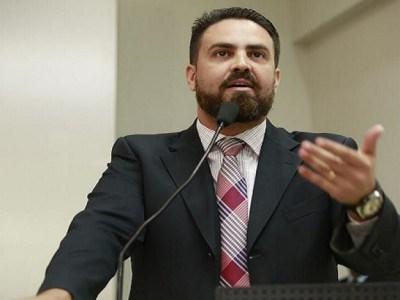 Léo Moraes quer sessão solene para comemorar os 50 anos da Renovação Carismática Católica