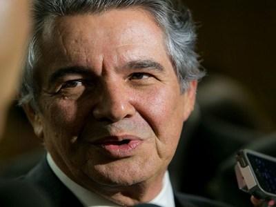 Marco Aurélio pede à PGR parecer urgente sobre recurso de Aécio