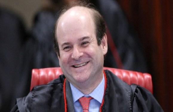 Tarcísio Vieira é o terceiro a votar contra cassação da chapa Dilma-Temer