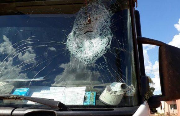 Três índios são presos por danificar veículos e ameaçar motoristas que se recusavam a pagar pedágio