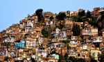 Traficantes cobram R$ 50 por semana de vans que circulam no Rio