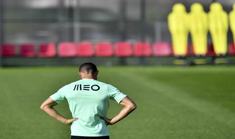 Acusado de sonegação, Cristiano Ronaldo quer deixar o futebol da Espanha, diz jornal