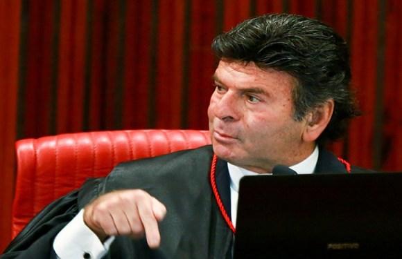 Ministro do STF nega ação para barrar auxílio-moradia a juízes