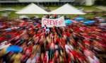 Protestos e bloqueios marcam início de dia de greve no Brasil